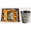 Sárgaréz koszorús címeres betétes fém flaska szett, 4db koszorús címeres pohárral