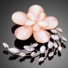 Opál virág bross CZ kristályokkal, rózsaarany bevonattal + AJÁNDÉK DÍSZDOBOZ ( 1630.)