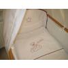 Babaágynemű garnitúra 4 részes - Hímzett bordó csillagfüzéres maci