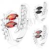 Csillogó ezüst színű gyűrű, ívelt szárvégek, átlátszó és színes cirkóniák