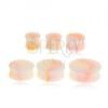 Fényes krém színű plug fülbe, sárga-rózsaszín, márványos minta