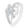 Csillogó gyűrű ezüst színben, kettéosztott hullámos szárak, átlátszó virág