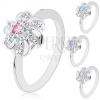 Ezüst színű gyűrű, átlátszó virág színes középpel és fényes ívvel
