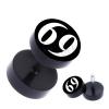 Fekete, kerek fake piercing a fülbe a 69 -es számmal