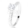 Gyűrű 925 ezüstből, kiálló foglalat átlátszó cirkóniával, díszített szárak