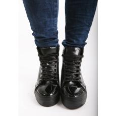 Impresszió Fekete magas szárú fűzős cipő