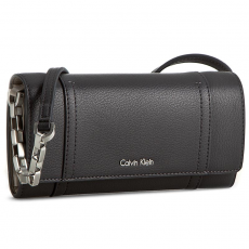 Calvin Klein Black Label Táska CALVIN KLEIN BLACK LABEL - Myr4 Large Trifold On Chain K60K602432 004