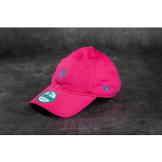 New Era Essential 9Forty Adjustable New York Yankees Cap Pink/ Blue