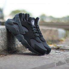 Nike Air Huarache Black/Black