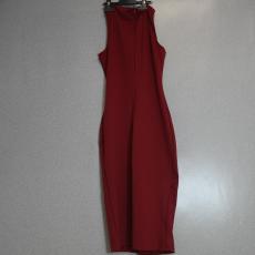 Bordó testhez simuló ruha - Egy méret