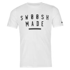 Nike Swoosh Made férfi póló fekete L