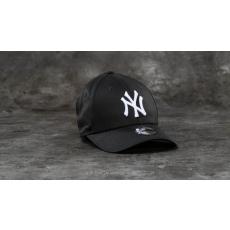 New Era Youth 9Forty Adjustable MLB League New York Yankees Cap Black/ White