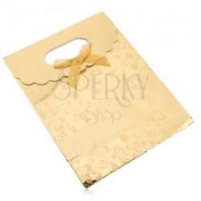 Ajándéktáska papírból, fényes felület arany színben, szívecskék, spirálok, sávok mintás csomagolópapír