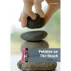 Alex Raynham PEBBLES ON THE BEACH PACK (DOMINOES QUICK STARTERS)