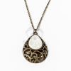 Antikolt nyaklánc fehér köves csepp alakú medállal jwr-1106