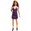 Barbie Fashionistas: szőkés-barna hajú alacsony baba szívecskés ruhában