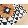 Beliani Modern fekete-fehér bőrszőnyeg 160-230 cm ODEMIS