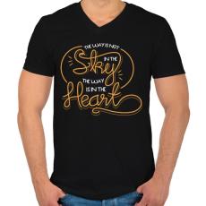 PRINTFASHION Az út nem az égben van, hanem a szívben - Férfi V-nyakú póló - Fekete