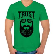 PRINTFASHION Szakállas vagyok - Férfi V-nyakú póló - Zöld