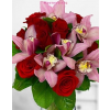 Rózsa és orchidea 20-26 szálas csokor