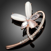 Rózsaarannyal bevont virág bross CZ kristályokkal, macskaszem opálokkal + AJÁNDÉK DÍSZDOBOZ (0509.)