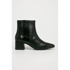 Vagabond - Magasszárú cipő Mya - fekete - 1436630-fekete
